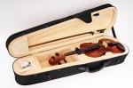 B-1/8 Скрипка в футляре со смычком и канифолью Strunal